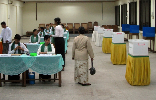 Election monitor 'asked to leave' Burma