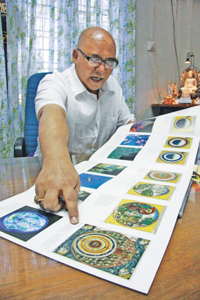 Burmese astrologers read different election outcomes