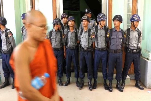 Human rights in Burma 'a car crash'