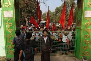 Student activists, pictured inside the gates of the Aungmyay Beikman Monastery in Pegu on the morning of Monday, 2 March 2015. (PHOTO: DVB)