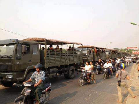 Military truck plunges over cliff: 18 die