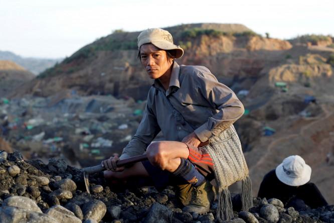 Restructure jade industry in post-sanctions Burma, says Global Witness