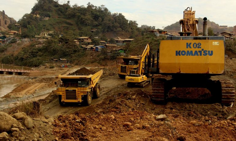 Mining ministry shrugs off safety concerns