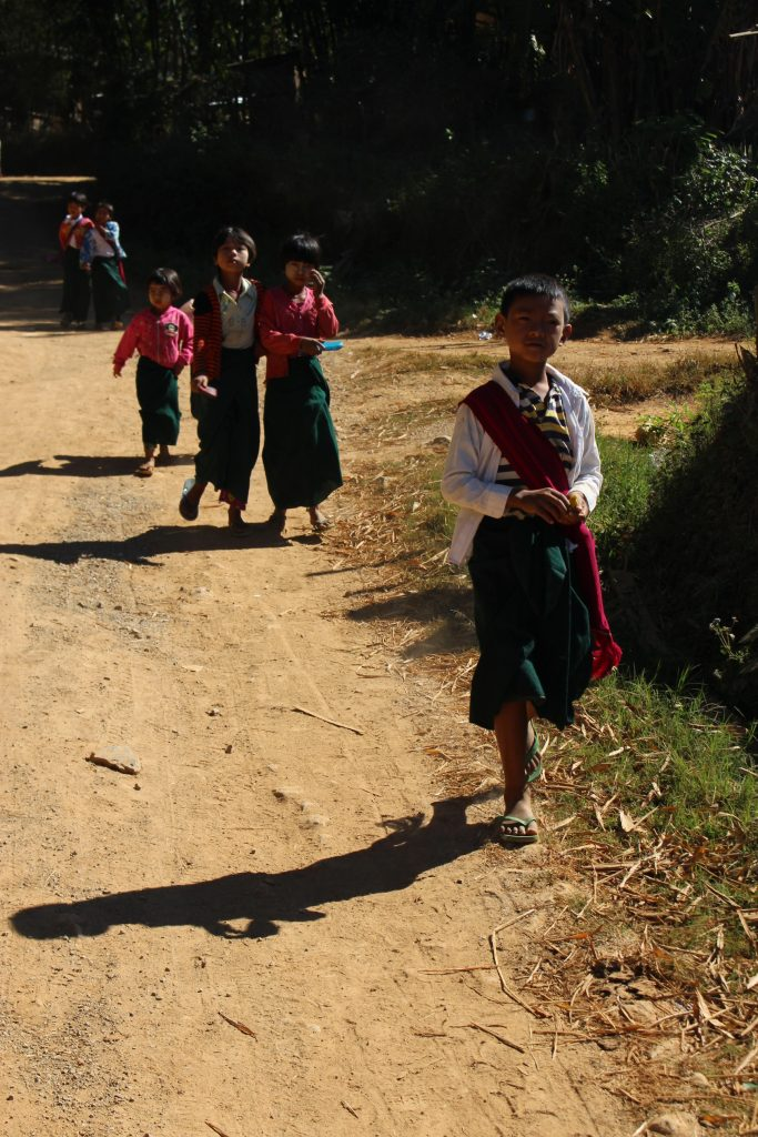 Children walk to their school near Kalaw, Shan State. (Photo: Libby Hogan /DVB)