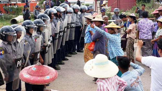 Protesters again face down police at Letpadaung