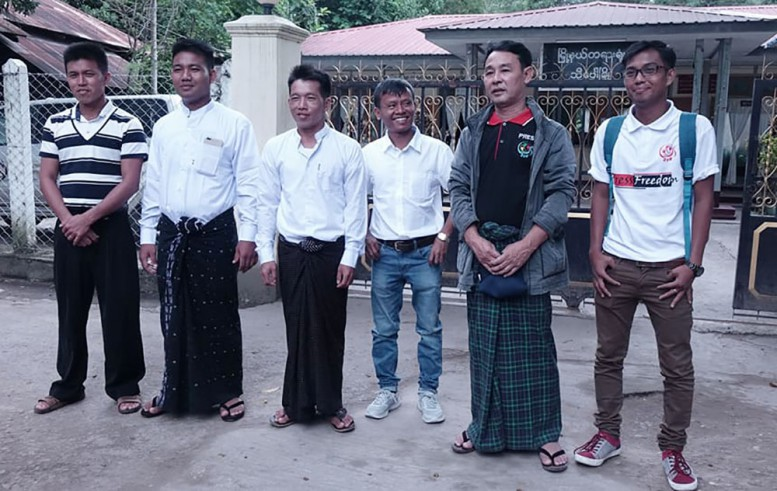 Journalists walk free from Hsipaw court