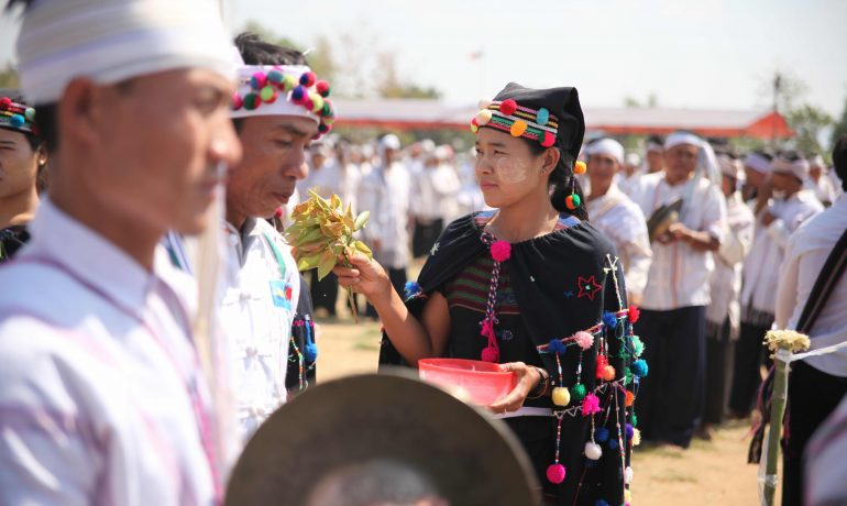 Change brewing in Burma's poppy country?