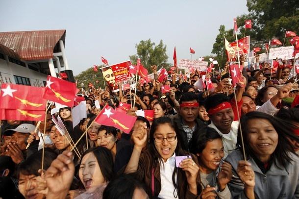 DVB POLL: Should NLD boycott the election?