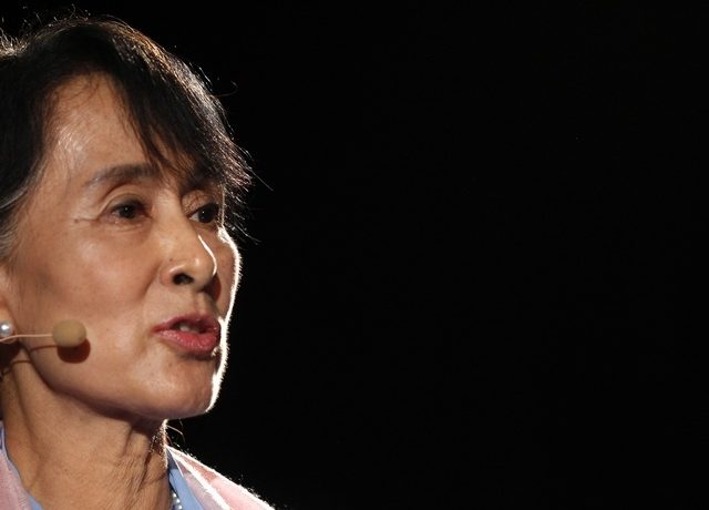 Suu Kyi calls for PR referendum