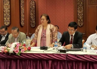 Ethnic armed group and government representatives meet in Chiang Mai for further ceasefire talks. (PHOTO: DVB).
