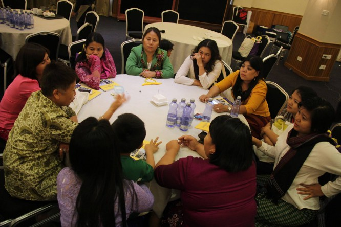 Women's groups call for 30% quota at peace talks