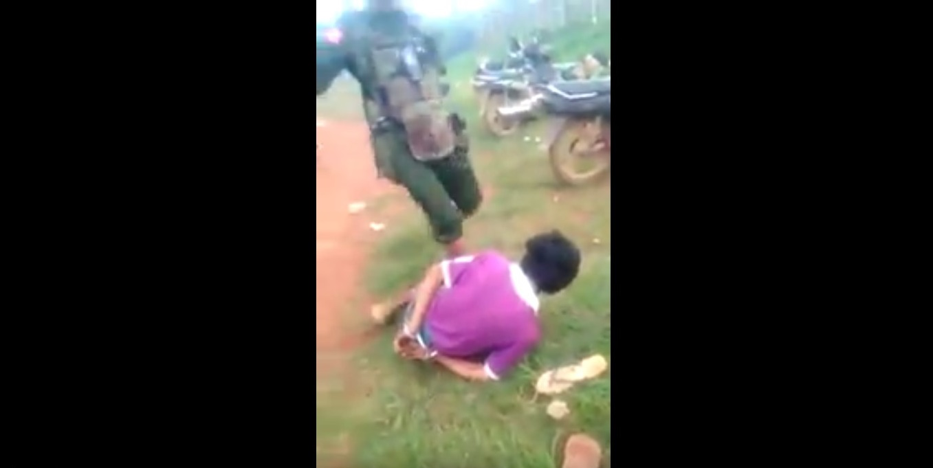 Burma to probe video that appears to show soldiers beating people