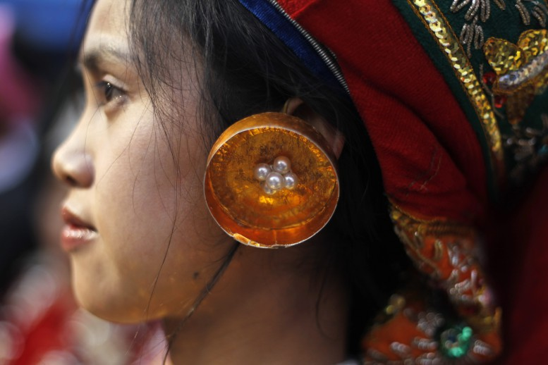 Palaung villagers flee as Burmese army detains 300