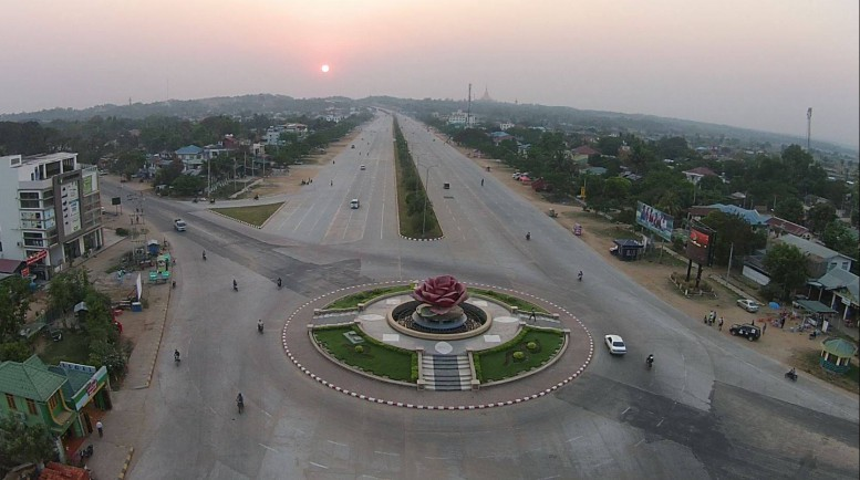 Govt lures foreign embassies to Naypyidaw